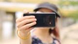 Cómo hacer mejores selfies con el móvil: trucos prácticos